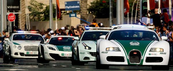 Dubai-Police-cars_副本