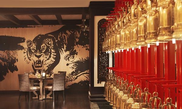 nEO_IMG_Mekong Tiger Wall