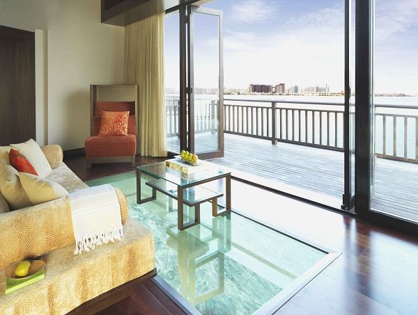 nEO_IMG_Overwater Villa Lounge