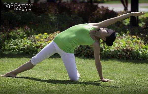 nEO_IMG_Ocindy Yoga (3)