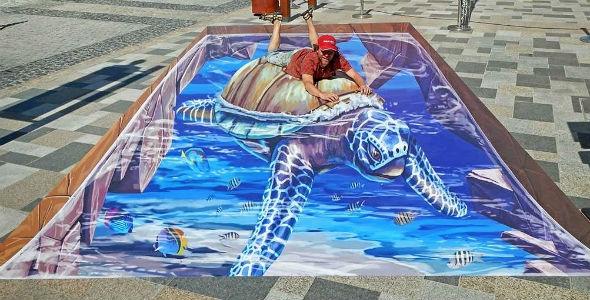 nEO_IMG_3d-streetpainting-3d-turtle-2-remko-van-schaik-3d-streetart-festival-dubai-canvas-2016-1